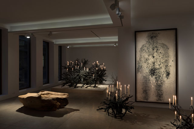 Michele Oka Doner: Bringing the Fire, installation view, David Gill Gallery, London, March 2018. Image courtesy of David Gill Gallery. Photograph: READS.
