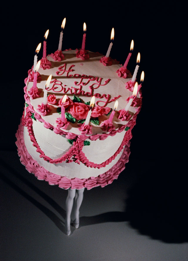 Laurie Simmons. Walking Cake II (Color), 1989. Pigment print, 162.6 x 116.8 cm (64 x 46 in). © Laurie Simmons. Courtesy of the artist and Salon  94, New York.