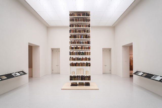 Maria Eichhorn. Unlawfully acquired books from Jewish ownership. Installation view, Neue Galerie, Kassel, documenta 14. Copyright: Maria Eichhorn/VG Bild-Kunst, Bonn 2017. Photograph: Mathias Völzke.