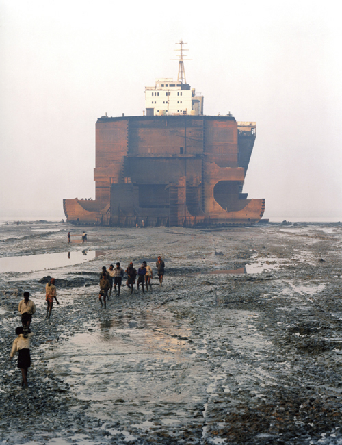 Edward Burtynsky.      <em>Shipbreaking #21, Chittagong, Bangladesh,</em> 2000. C-print, 39 1/2 x 50 in. Courtesy the artist, Toronto Image Works, and Charles Cowles Gallery, New York.