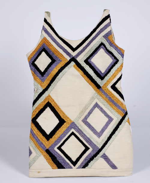 Sonia Delaunay. <em>Bathing suit (tunic)</em>,  1924-25. Silk embroidery on wool jersey. Musée de l'Impression sur Etoffes, Mulhouse. © L & M Services B.V. The Hague 20100623.