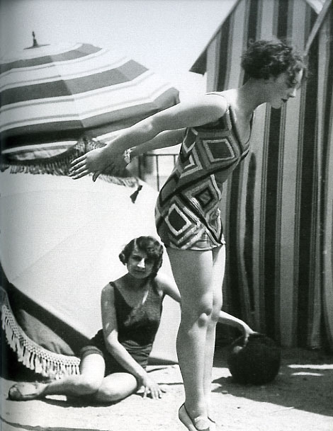 Model wearing swimsuit designed by Sonia Delaunay, 1929. Photographed by Luigi Diaz for Presse Paris.Bibliothéque Nationale de France. © L & M Services B.V. The Hague 20100623.