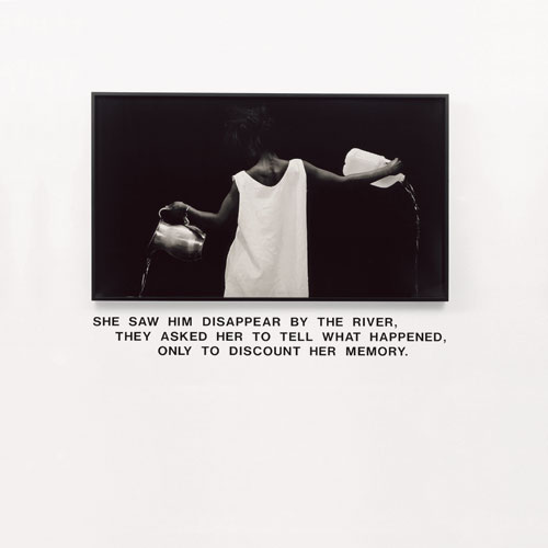 Lorna Simpson. Waterbearer, 1986. Gelatin silver print, vinyl lettering. © Lorna Simpson. Courtesy of the artist.