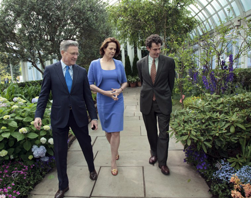From left to right; Gregory Long, President of The New York Botanical Garden; Sigourney Weaver; and Todd Forrest, Vice President of Horticulture and Living Collections at The New York Botanical Garden.  Photo by Talisman Brolin.