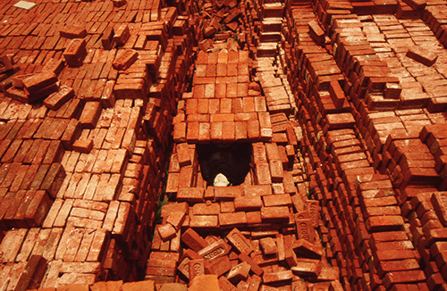 Anindita Dutta. Brick Coffin, 2005. Courtesy of the artist.