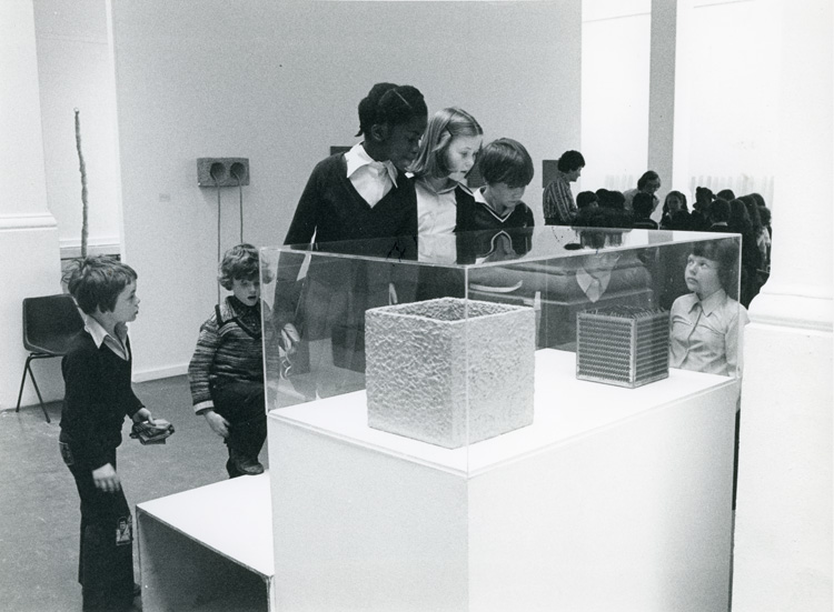School groups at the Eva Hesse exhibition, 4 May – 17 June 1979, Whitechapel Gallery. Whitechapel Gallery Archive.