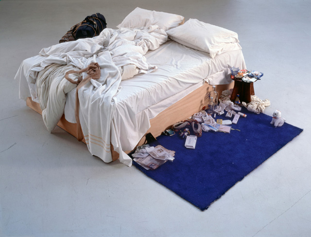 Tracey Emin. My Bed, 1998. Box frame, mattress, linens, pillows and various objects, overall display dimensions variable. Lent by The Duerckheim Collection 2015. © Tracey Emin. All rights reserved, DACS 2016.