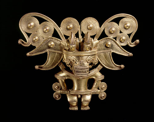 Anthropomorphic bat pectoral, Tairona, gold alloy, AD900-1600. Copyright Museo del Oro, Banco de la Republica, Colombia.
