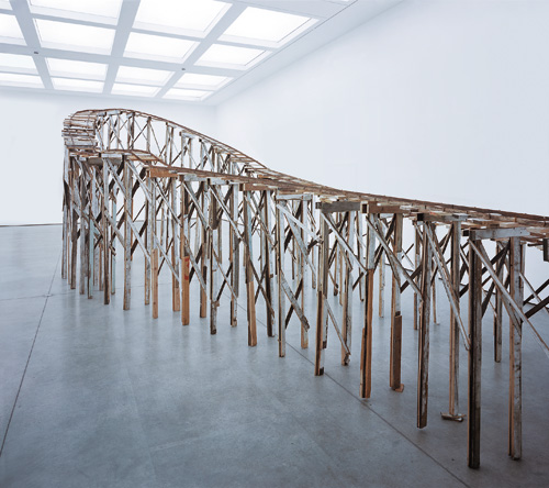 Tracey Emin. It's Not the Way I Want to Die, 2005. Reclaimed metal and timber, 310 × 860 × 405 cm. Courtesy Tracey Emin and White Cube. © Bildrecht, Vienna 2015.