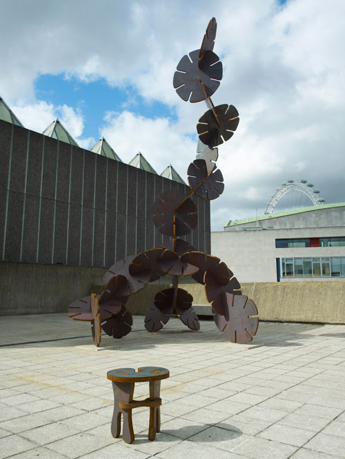 Ernesto Neto. <em>The Edges of the World,</em> 2010 (Exterior view 2). Installation at Hayward Gallery, London. Photograph: Steve White.