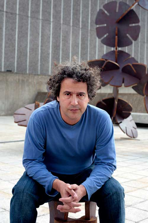 Ernesto Neto.  Hayward Gallery, London, 2010. Photograph: India Roper-Evans.