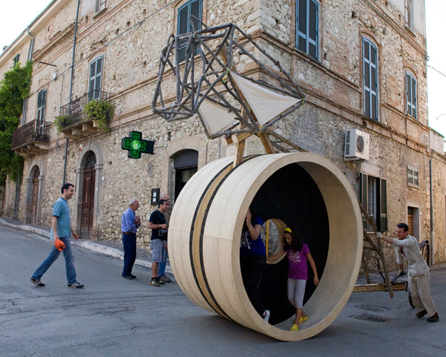 This is Not a Trojan Horse (in action), 2010. Photograph: Daniela d'Arielli.