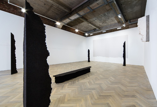 Michel François, installation view (1), Thomas Dane Gallery, London, April 2015.