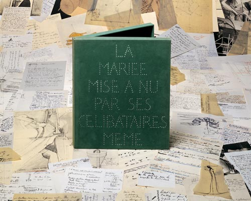 Marcel Duchamp (1887-1968). <em>La Mari&eacute;e mise &agrave; nu par ses c&eacute;libataires, meme (The Bride Stripped Bare by her Bachelors, Even). </em>Also called<em> La Bo&icirc;te verte (The Green Box).</em> Paris: Editions Rose S&eacute;lavy, 1934. NYPL, Rare Book Division. &copy; 2006 Artists Rights Society (ARS), New York/ADAGP, Paris/Succession Marcel Duchamp. Photograph &copy; Michel Nguyen.