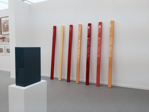 John McCracken. Rhythm. 106 x 96 x 13 in. David Zwirner Gallery.