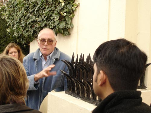Richard Wentworth taking a tour around Regent's Park.