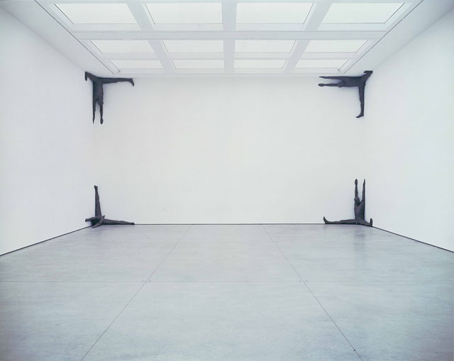 Antony Gormley. DRAWN, 2000. Cast iron, 154 x 133 x 187 cm (8 elements). Installation view, White Cube, London, 2000. Photograph: Stephen White, London. © the artist.