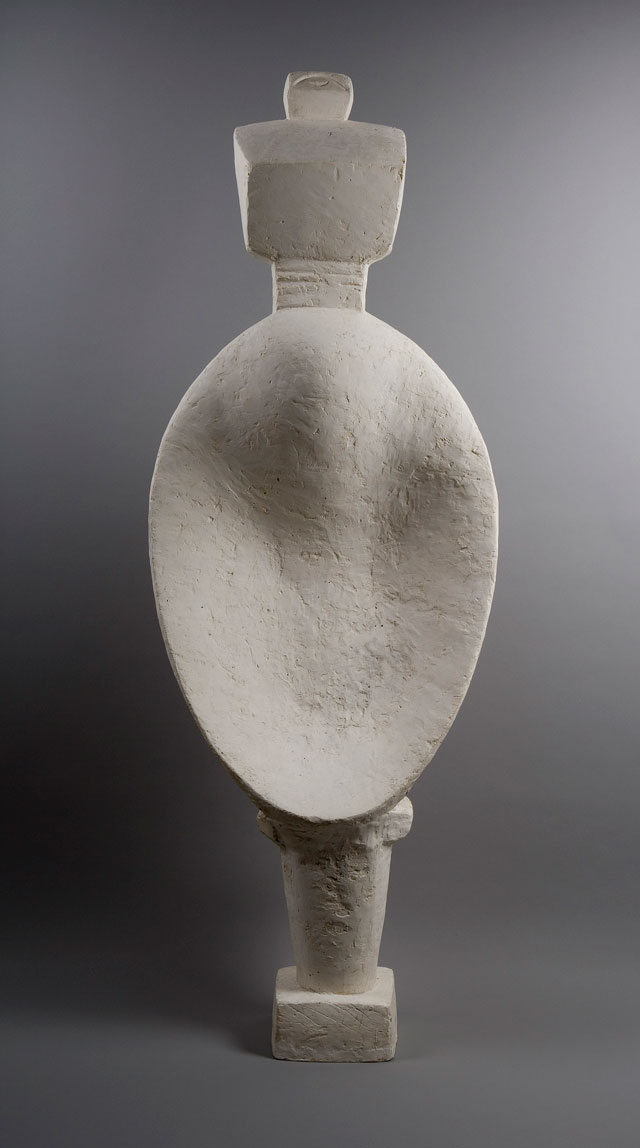 Alberto Giacometti. Spoon Woman, 1927. Plaster, 146.5 x 51.6 x 21.5 cm. Collection Fondation Alberto and Annette Giacometti, Paris. © Alberto Giacometti Estate, ACS/DACS, 2017.