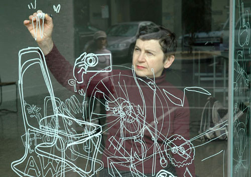 Gosia Wlodarczak. <em>Within, frost drawing for RMIT; performative drawing on glass</em>, 2008. Photo: Longin Sarnecki.