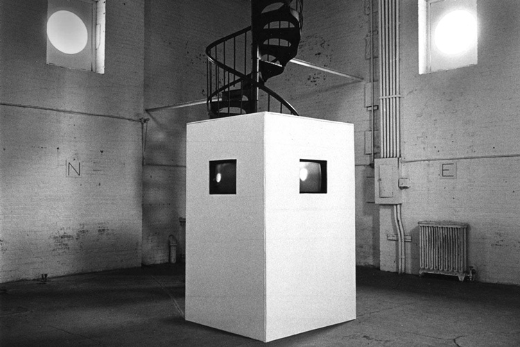Nancy Holt, Points of View (detail), 1974. Clocktower Gallery, New York. Four-monitor video installation, black-and-white, sound, duration 44 mins. Video unit: 72 x 54 x 54 in (183 x 137 x 137 cm). Photo: Gwenn Thomas. © Holt/Smithson Foundation, Licensed by VAGA at ARS, New York.