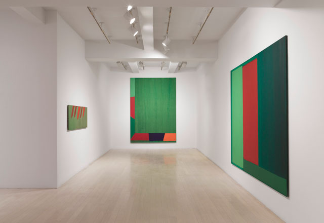 Installation view of John Hoyland: Stain Paintings 1964–1966, 32 East 57th Street, New York, September 15 – October 21, 2017. © The John Hoyland Estate. All rights reserved, DACS 2017. Photograph: Tom Barratt, courtesy Pace Gallery.