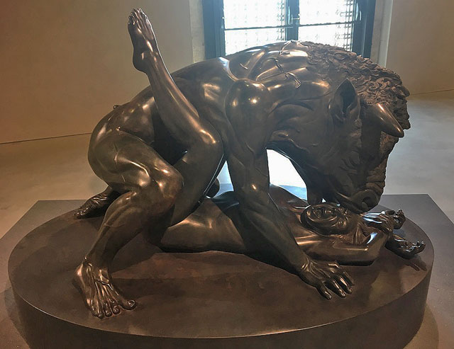 Damien Hirst. The Minotaur. Black granite, 120.7 x 173.4 x 111.1 cm. Photograph: Joe Lloyd.