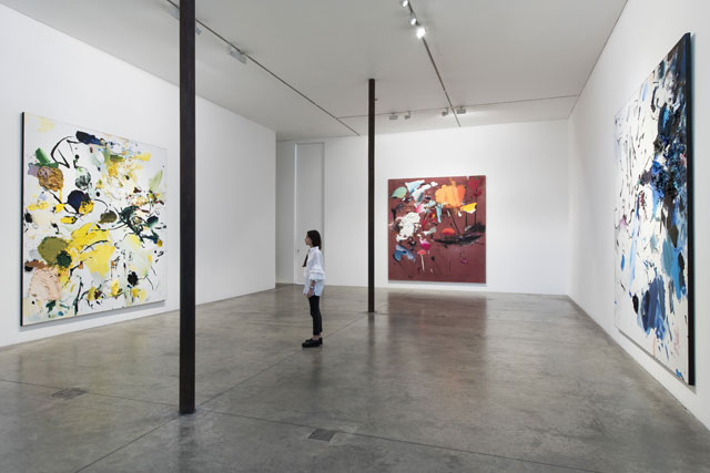 Secundino Hernández: Paso, installation view, Victoria Miro Gallery, Wharf Road, London. Photograph: Thierry Bal.