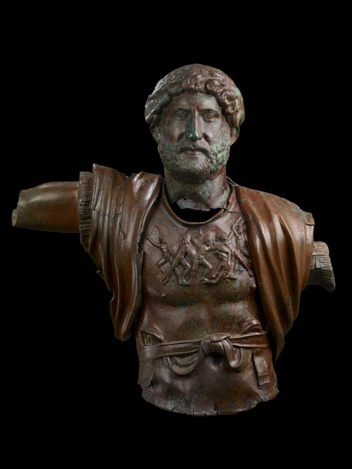 Bronze torso and head of Hadrian from Tel Shalem. Dated to around the time of the Jewish Revolt (AD 135). On loan from The Israel Museum, Jerusalem. © The Israel Museum, Jerusalem.