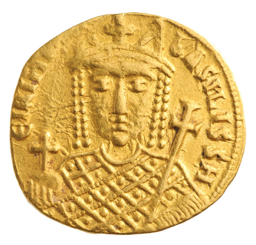 Unknown Artist. Solidus of Irene of Athens, 797-802. Gold, diameter: 2 cm (13/16 in.). Numismatic Museum, Athens.