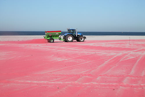HeHe. Roduin (Red Dune), 2012. Commissioned by SKOR for the Port of Rotterdam.