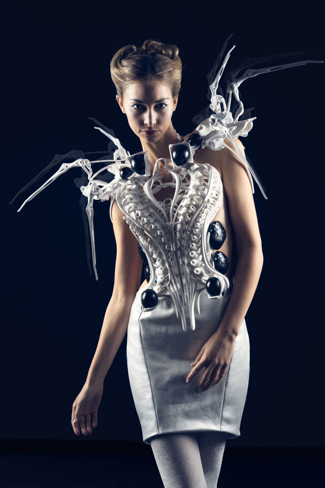 Anouk Wipprecht. Spider Dress 2.0, 2015.