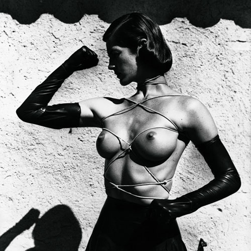 Helmut Newton. <em>Tied-up torso</em>, <em>Ramatuelle,</em> France, 1980. © Helmut Newton Estate.