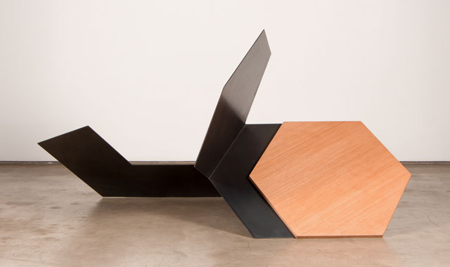 Tuneu. Untitled, 2016. Painted Corten steel and wood, 72 x 133 x 90 cm. Photograph: Riã Duprat.