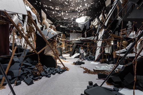 Thomas Hirschhorn, In-Between, installation view (1) at the South London Gallery, 2015. Courtesy Thomas Hirschhorn. Photograph: Mark Blower.