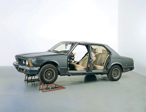 Sarah Lucas. 