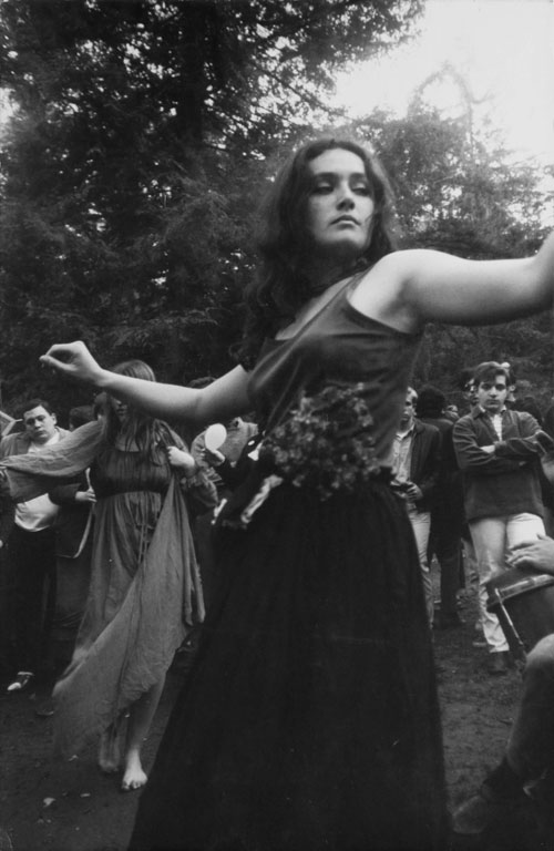 Dennis Hopper. Untitled (Hippie Girl Dancing), 1967. Photograph, 34.29 x 23.37 cm. The Hopper Art Trust © Dennis Hopper, courtesy The Hopper Art Trust. www.dennishopper.com