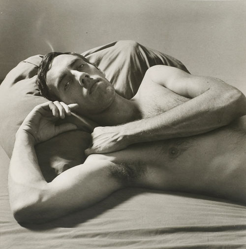Peter Hujar. David Wojnarowicz Reclining (II), 1981. © 1987 The Peter Hujar Archive LLC. Courtesy Maureen Paley, London; Pace/MacGill Gallery, New York.