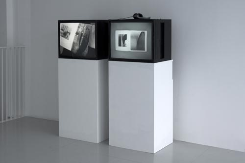 Falke Pisano. <em>Chillida (Forms &amp; Feelings)</em>, 2006. 2 x DVD on monitors. Photograph by Ken Adlard. Courtesy of the artist and Lisson Gallery, London &copy; Falke Pisano, 2007