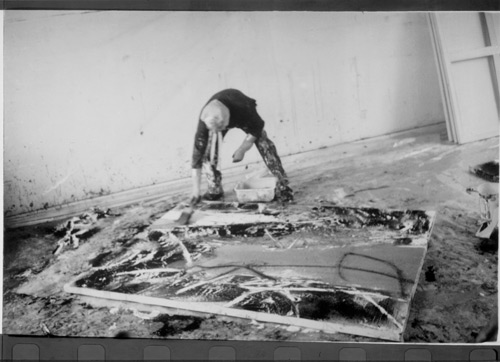 Alexander Liberman painting in his studio. Photograph: Dominique Nabokov.