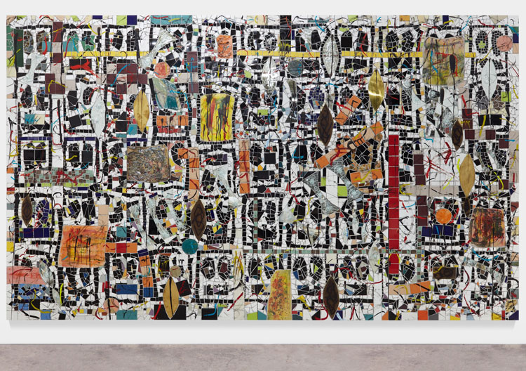 Rashid Johnson. Broken Crowd, 2020. Ceramic tile, mirror tile, spray enamel, oil stick, black soap, wax, 294.6 x 491.5 x 7.6 cm. Photo: Martin Parsekian. © Rashid Johnson. Courtesy the artist and Hauser & Wirth.
