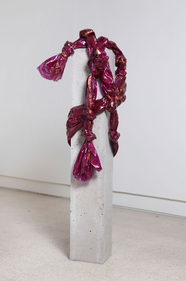 Bharti Kher. Portrait from memory I, 2012-13. Sari, resin, cement, 109 x 30 x 44 cm. Courtesy the artist, Photograph: Shankar Natarajan.