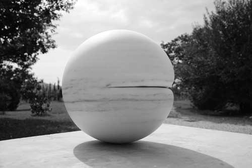 Adeline de Monseignat. In The Flesh II, 2015. Marble (Cividale), 42 cm diameter.