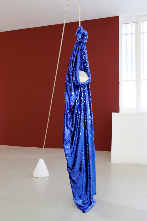 Kapwani Kiwanga. Koki Doré, 2014. Blue sequins, cord, salt, shell, dimensions variable. Courtesy Galerie Jérôme Poggi, Paris.