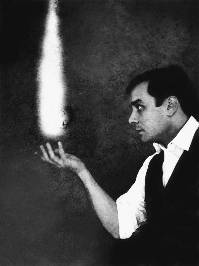 Harry Shunk and János Kender, photograph of Yves Klein, The Dream of Fire, c1961. Artistic action by Yves Klein © Yves Klein, ADAGP, Paris / DACS, London, 2017. Collaboration Harry Shunk and János Kender. Photograph: Shunk-Kender © J. Paul Getty Trust. Getty Research Institute, Los Angeles (2014.R.20)
