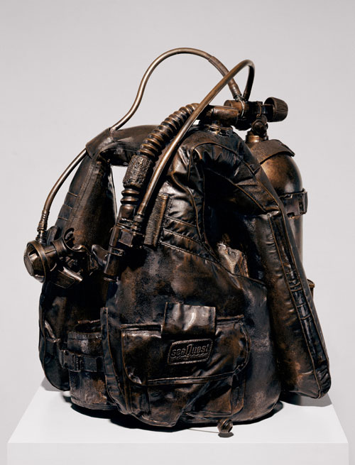 Jeff Koons. Aqualung, 1985. Bronze, 27 x 17 1/2 x 17 1/2 in (68.6 x 44.5 x 44.5 cm). Private Collection, New York. © Jeff Koons.