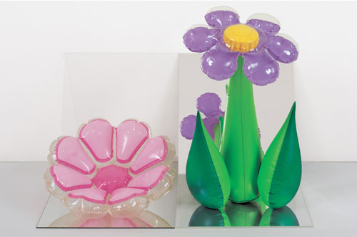 Jeff Koons. Inflatable Flowers (Short Pink, Tall Purple), 1979. Vinyl, mirrors, and acrylic, 16 x 25 x 18 in (40.6 x 63.5 x 45.7 cm). Collection of Norman and Norah Stone. © Jeff Koons.