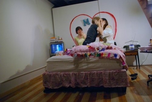 Marni Kotak. How To French Kiss. Performance/installation, mixed media, dimensions variable. © 2009, Marni Kotak. Image courtesy of the artist.)