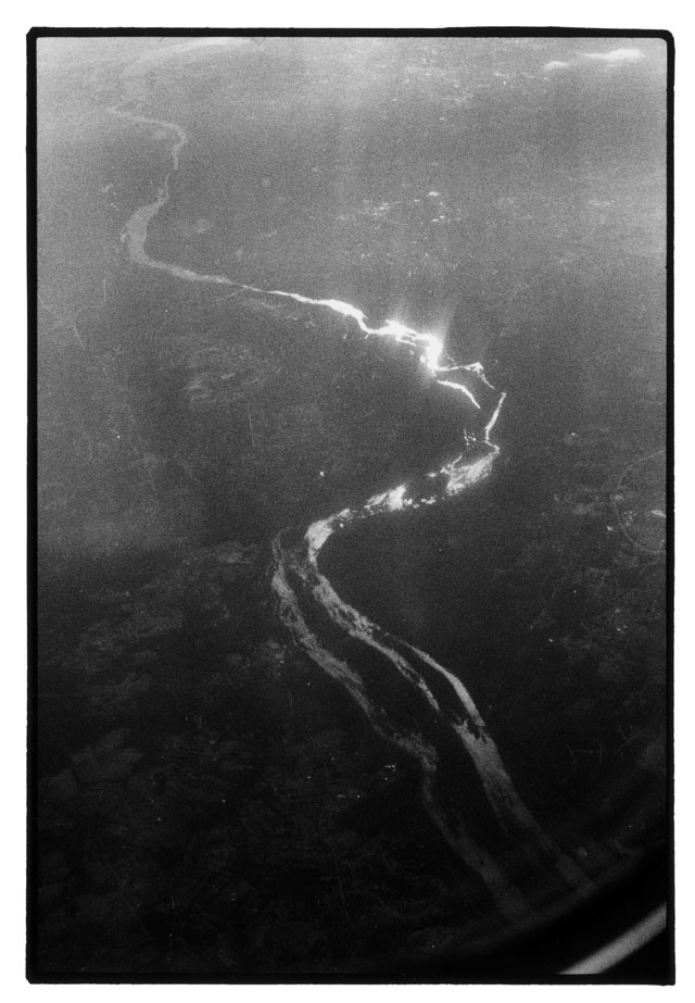 Zoe Leonard. Untitled Aerial, 1988/2008. Gelatin silver print, 86.3 x 60.5 cm (34 x 23 7/8 in). © Zoe Leonard. Courtesy the artist, Galerie Gisela Capitain, Cologne and Hauser & Wirth.