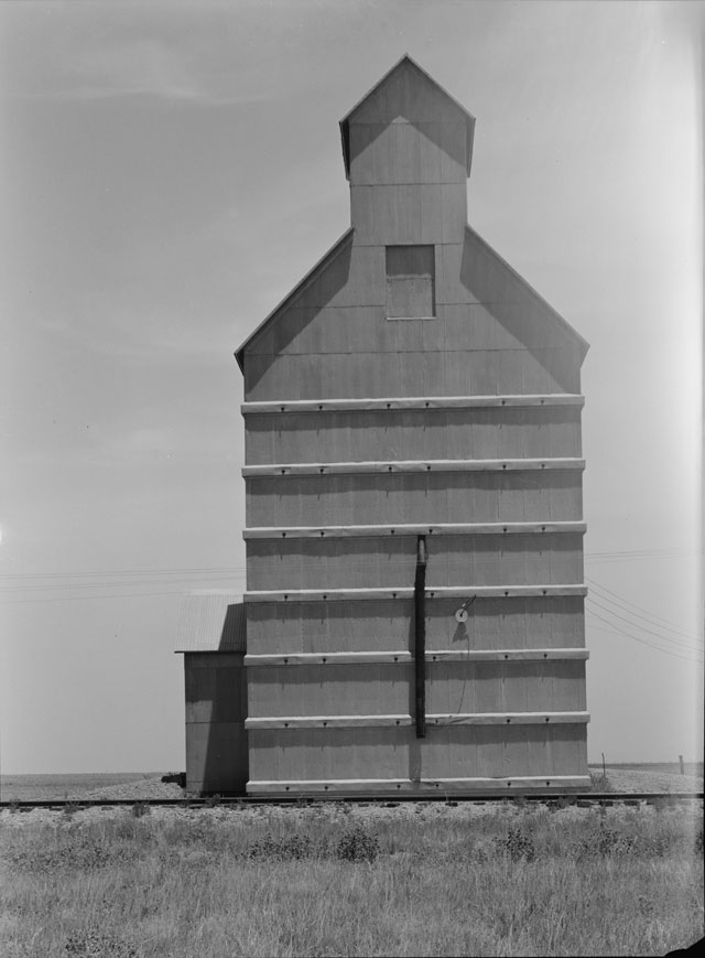 Dorothea Lange. Dust Bowl, Grain Elevator, Everett, Texas, June 1938. Library of Congress.