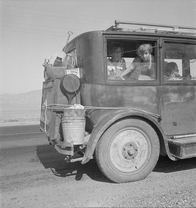 Dorothea Lange. Cars on the Road, August 1936. Library of Congress.